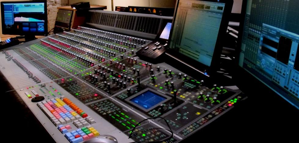Studio B_Console 2